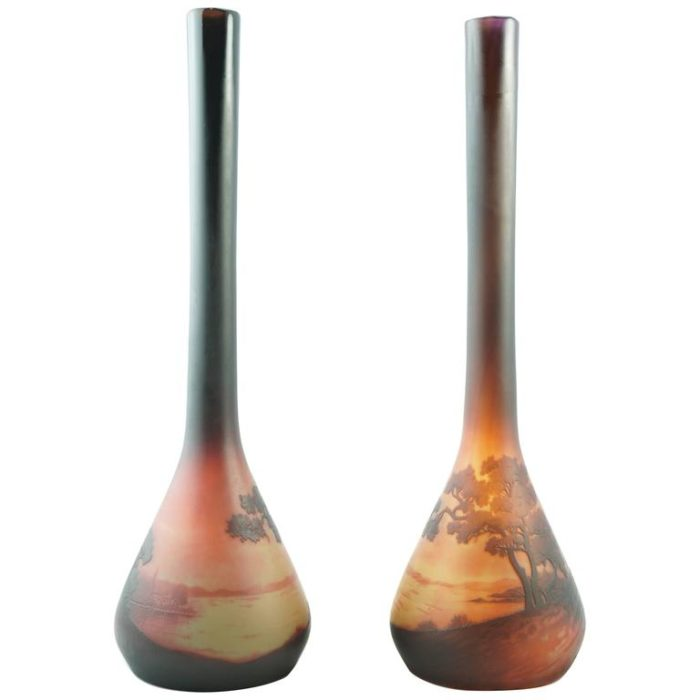 Pair of D'Argental Sait Louis Paul Nicolas Cameo Scenic Vases