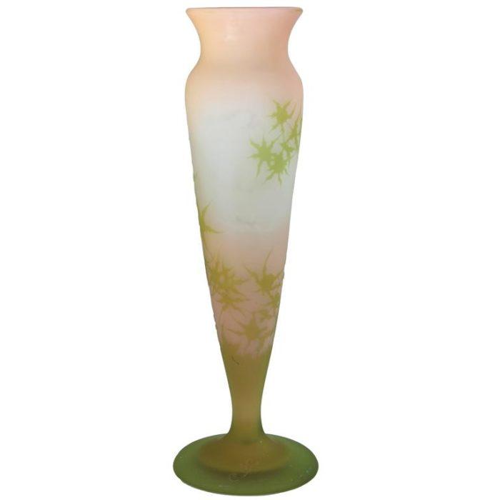 Elegant Cameo 12.5 Inch Galle Vase