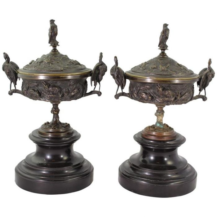 Jules Moigniez Pair of Hunting Covered Bronze Urned Vases