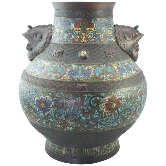 Qing Chinese Cloisonne Bronze Decorated Vase 19th Century